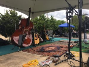 Gin Mill Hollow stringed instruments at Between The Waves